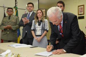 DSC_0802-300x199 Presidente do TJPB empossa diretora eleita do Fórum de Monteiro