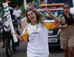 Niedja-Almeida-300x233 Por isso serei brasileira até o último suspiro por Niedja Almeida