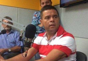 beto_sbfm-300x211-300x211 Beto Medeiros revela rompimento com prefeito Cosme em São João do Cariri