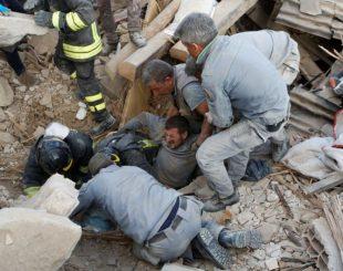 terremotoitalia6_getty-310x245-300x237 Sobe para 120 número de mortos em terremoto no centro da Itália