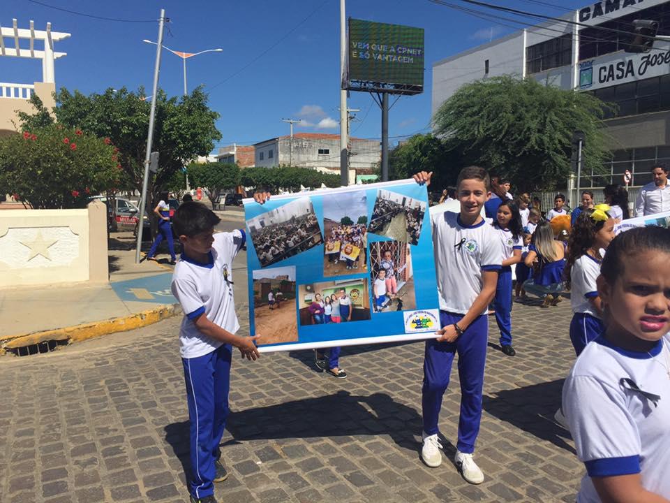 14192593_1148823785175060_6224397809461206942_n Desfile cívico de Monteiro marca comemoração ao dia 07 de setembro, veja as imagens