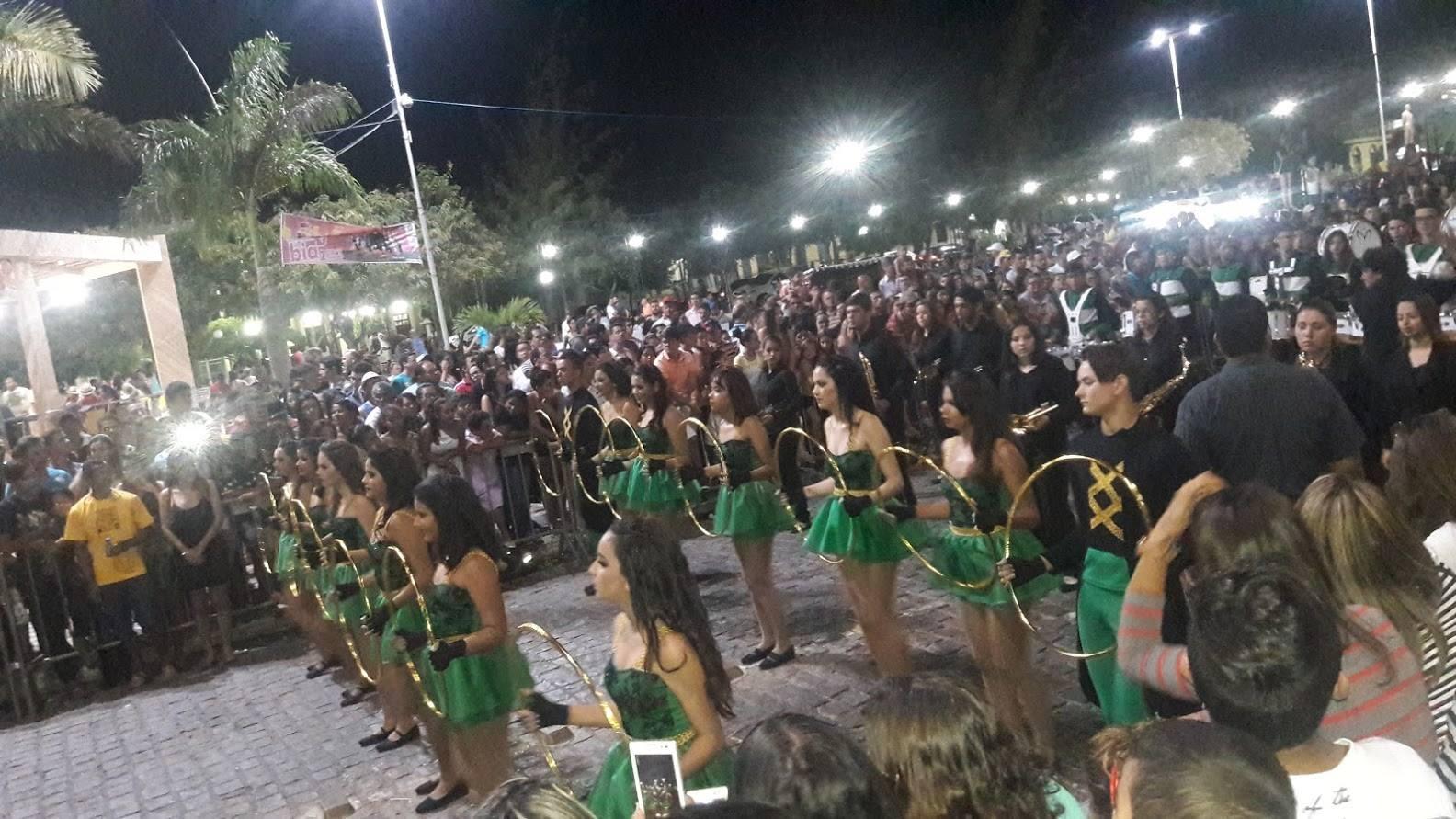 14195972_1701101606795999_1641369181326742435_o-1024x576 Desfile cívico de Monteiro marca comemoração ao dia 07 de setembro, veja as imagens