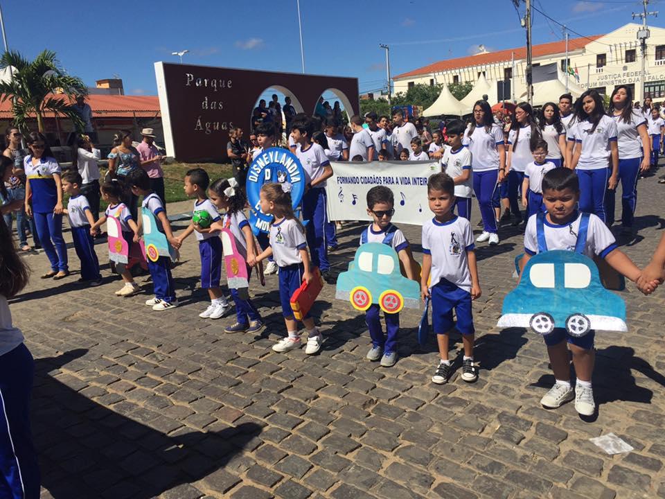 14202726_1148825198508252_8489443315624475516_n Desfile cívico de Monteiro marca comemoração ao dia 07 de setembro, veja as imagens