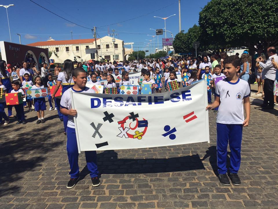 14212654_1148825368508235_8433457140310604635_n Desfile cívico de Monteiro marca comemoração ao dia 07 de setembro, veja as imagens