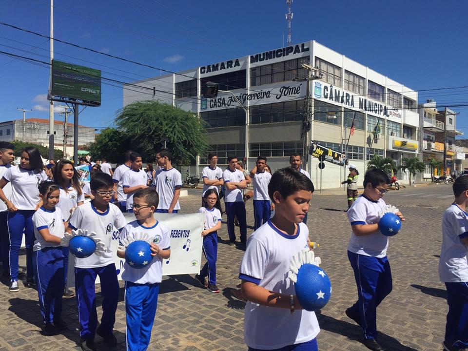 14224847_1148823971841708_2475191843929009667_n Desfile cívico de Monteiro marca comemoração ao dia 07 de setembro, veja as imagens