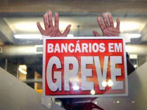 16860936280003622710000-2-300x225 Bancários mantêm greve após Fenaban propor reajuste a cada dois anos