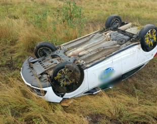222-310x245 Candidato a vereador capota carro, mas sai ileso de acidente na PB