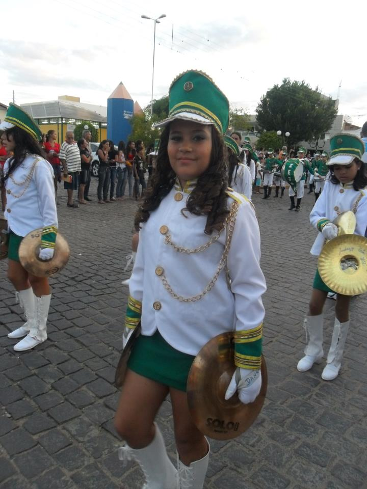 402846_359312164145329_1778193630_n Desfile cívico de Monteiro marca comemoração ao dia 07 de setembro, veja as imagens