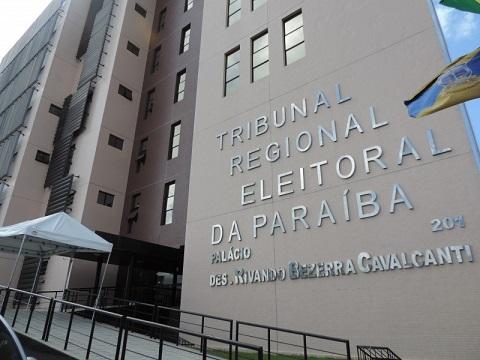 TRE-PB-800x600-300x225 TRE-PB inicia preparação de urnas eletrônicas para a realização das eleições 2016 em todo o Estado