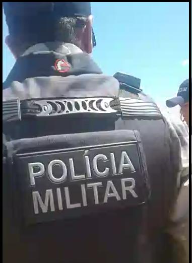 pm-1-219x300 Homem tenta matar outro com golpe de faca no pescoço em Monteiro