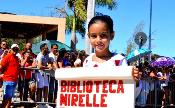 thumbs-6 Desfile cívico de Monteiro marca comemoração ao dia 07 de setembro, veja as imagens