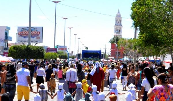 thumbs-9 Desfile cívico de Monteiro marca comemoração ao dia 07 de setembro, veja as imagens