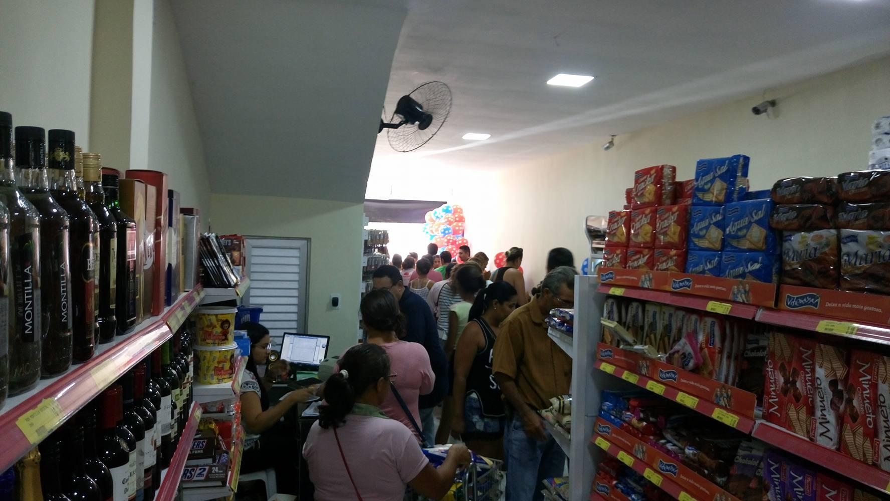14724057_10208041772545249_1628286560_o Supermercado Compre Mais é inaugurado em Monteiro