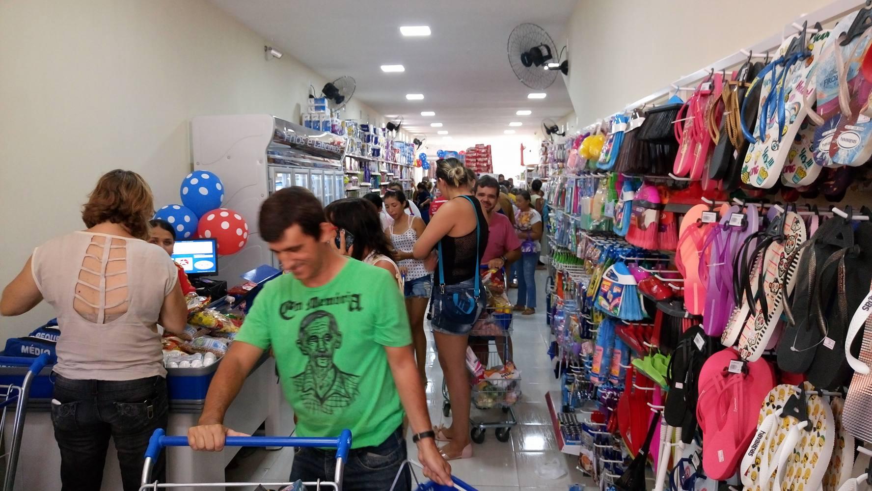 14800342_10208041776105338_95046940_o Supermercado Compre Mais é inaugurado em Monteiro