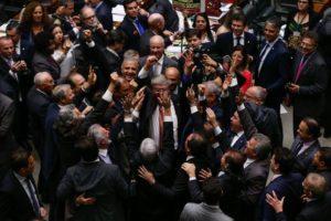 1628522-300x200 Em vitória de Temer, Câmara aprova em 1º turno congelamento de gastos