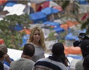 shakira-haiti-8-310x245-300x237 Fundação de Shakira nega doação de US$ 15 milhões para Haiti, diz agência