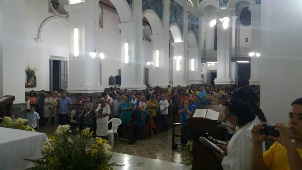 14963189_606933002839086_4528842507743937396_n Missa encerra o Ano Santo da Misericórdia com fechamento da Porta Santa em Monteiro