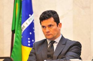16298440-300x199 Lula e família pedem a prisão de Sergio Moro por abuso de autoridade
