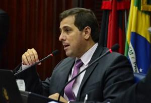 """Gervasio-300x205 Futuro presidente da ALPB diz que está """"realizado"""" no PSB e ironiza """"apatia"""" da oposição"""