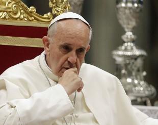 papa-francisco-310x245-300x237 Papa evita julgamento e diz que prefere observar comportamento de Trump