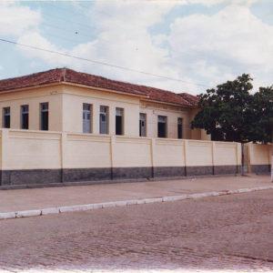 photo-1-300x300 Estudantes menores de idade são detidos Após Tumulto em frente a Escola em Monteiro.