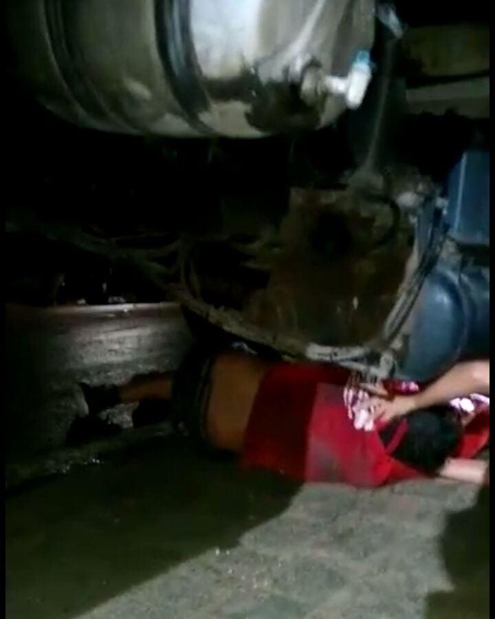 acidente-br-412-1 Em Monteiro: Jovem se envolve em acidente e para embaixo de caminhão