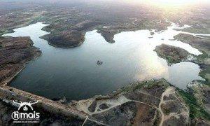 acude_sume_hmais-300x180-300x180 RADIOGRAFIA DA SECA: Dos 25 açudes do Cariri, 13 estão secos e apenas 2 tem bom volume de água