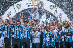 gremio-campeao-300x195 Grêmio empata com Atlético-MG e conquista a Copa do Brasil