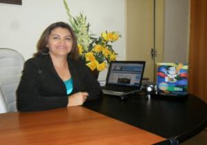 PREFEITA-IRIS-HENRIQUE-1-Copy-300x210 Ex-Prefeita de Zabelê entrega cargo com todas as contas quitadas e dinheiro em caixa para próxima gestão
