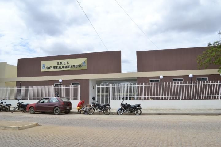escola-nova-em-monteiro Prefeita Ana Lorena entrega escola com capacidade para 500 alunos em Monteiro