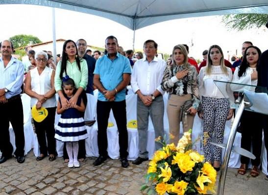timthumb-2-2 EM MONTEIRO: Escola Maria Lauriceia Freitas é inaugurada em evento concorrido
