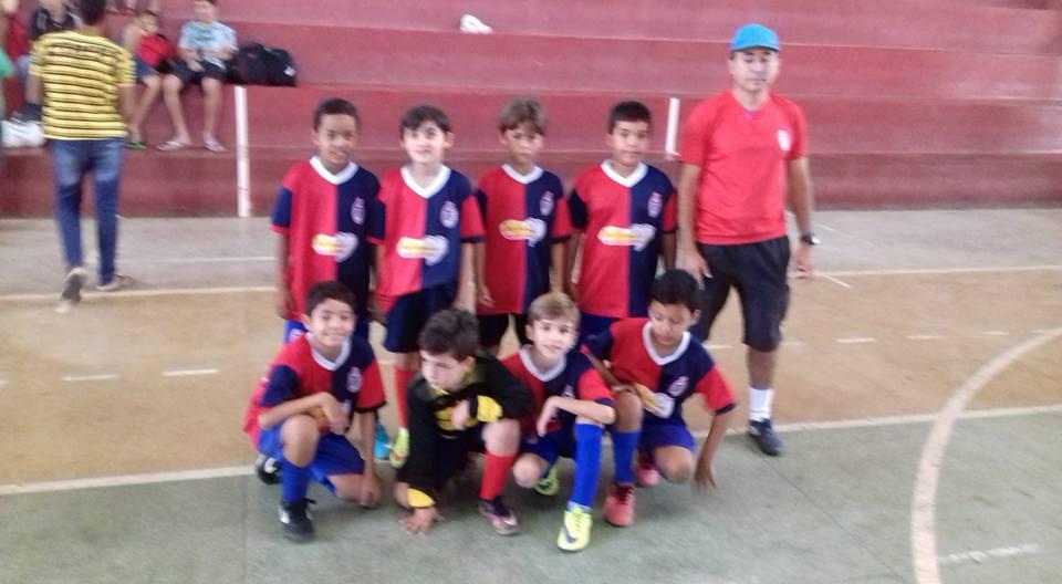 16681989_1556426364397930_2890364913032919918_n Escolinha de Futebol Tiradentes joga amistosos em Sumé