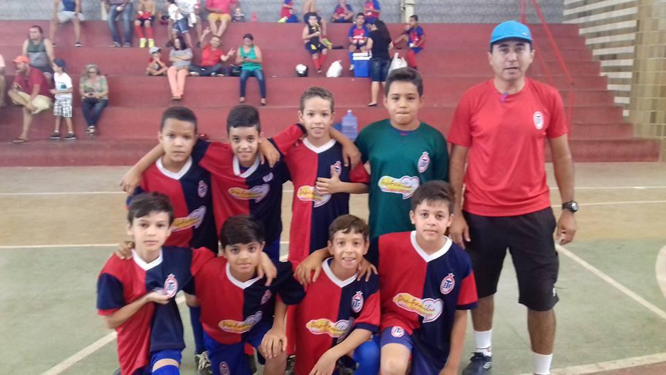 16683968_1556426377731262_409080330641572058_n Escolinha de Futebol Tiradentes joga amistosos em Sumé