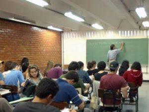 17305736280003622710000-300x225 Estados dizem que reforma do ensino médio poderá entrar em vigor apenas em 2020