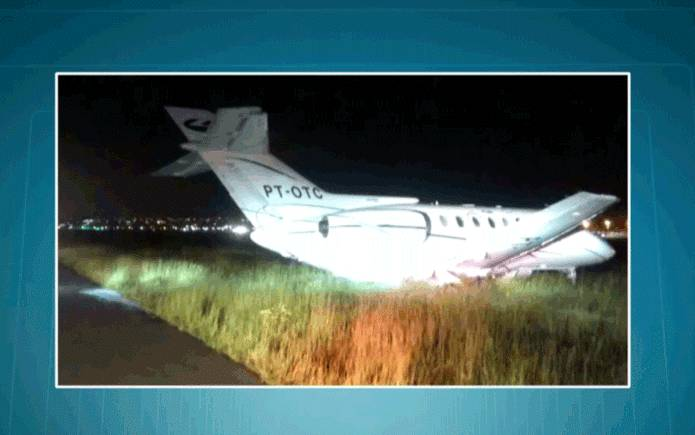 aviao-1 URGENTE – Avião que transportava Aécio Neves faz pouso de emergência em SP