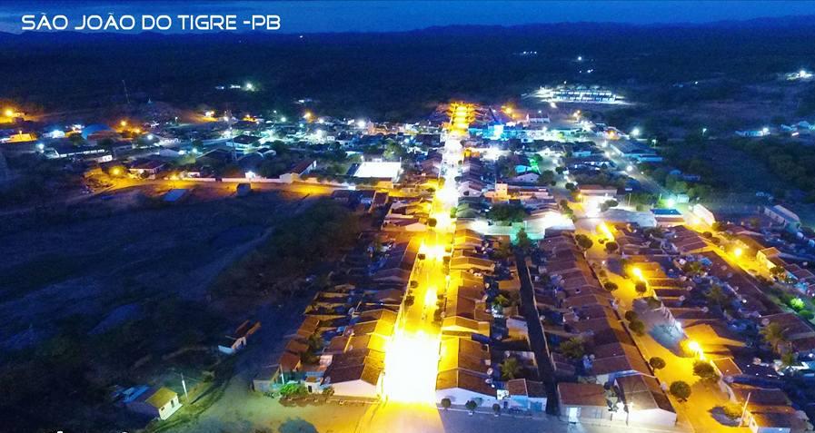 tigre-001 Projeto 'Nossa Energia' troca lâmpadas antigas por novas de LED em São João do Tigre