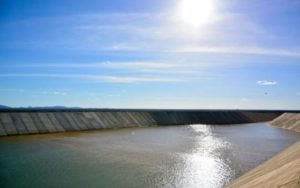 03032017154734-300x188 Rompe barragem do canal da transposição na cidade de Sertânia - Pernambuco