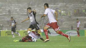 20170301225833_0-300x169 Sergipe vira, mas Botafogo-PB arranca empate