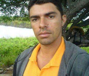 51779ade-cf7c-4d09-889c-011c98019d3f-526x445-300x254 Acidente de moto deixa vítima fatal em Sumé