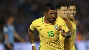 Paulinho-300x169-300x169 Brasil faz 4 x 1 no Uruguai e se aproxima da Rússia
