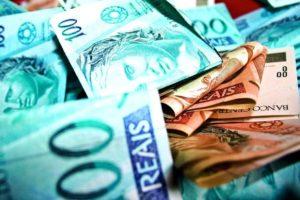 dinheiro-real-300x200 Prefeituras da Paraíba receberam R$ 1 bilhão de FPM em cinco meses