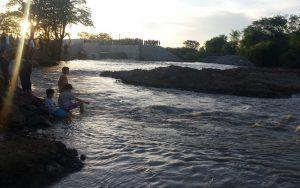 monteiro1-300x188 Mesmo a alguns passos do canal da transposição, agricultores de Monteiro estão sem água