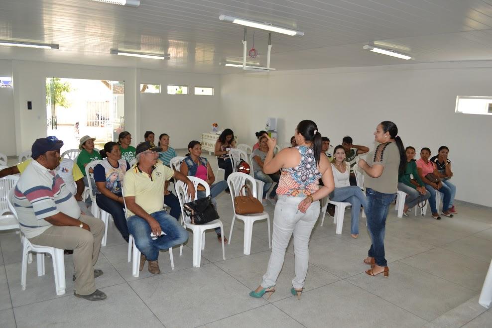 reuniao_produtores_1 Prefeitura de Monteiro investirá mais de R$ 274 mil no programa Compra Direta
