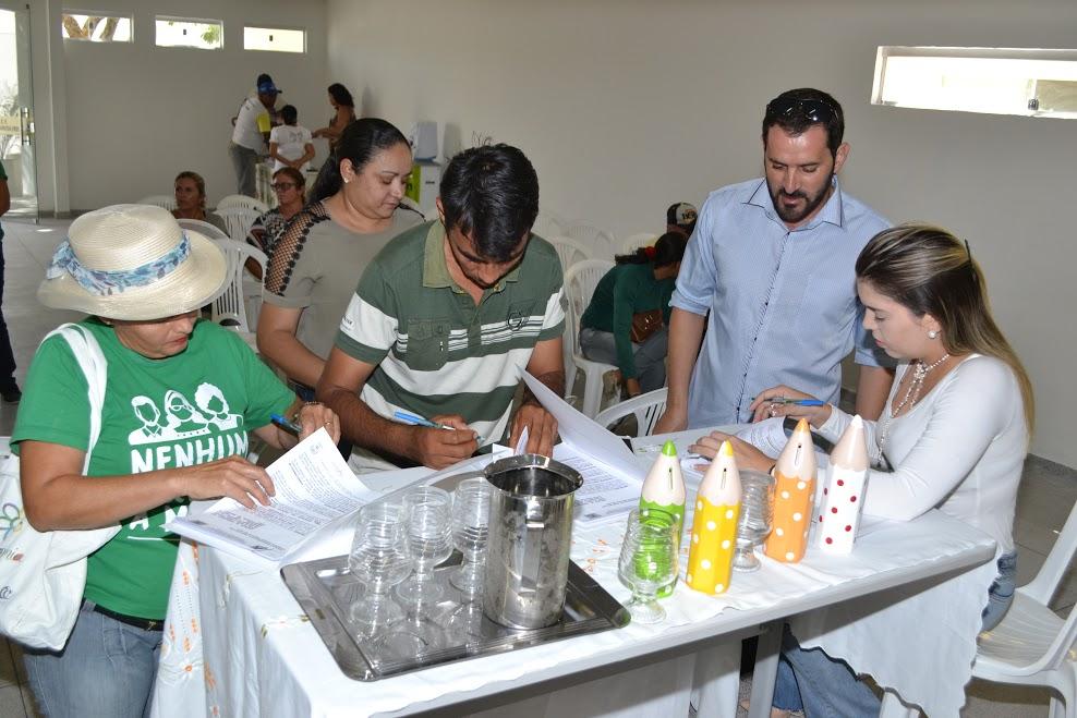 reuniao_produtores_2 Prefeitura de Monteiro investirá mais de R$ 274 mil no programa Compra Direta