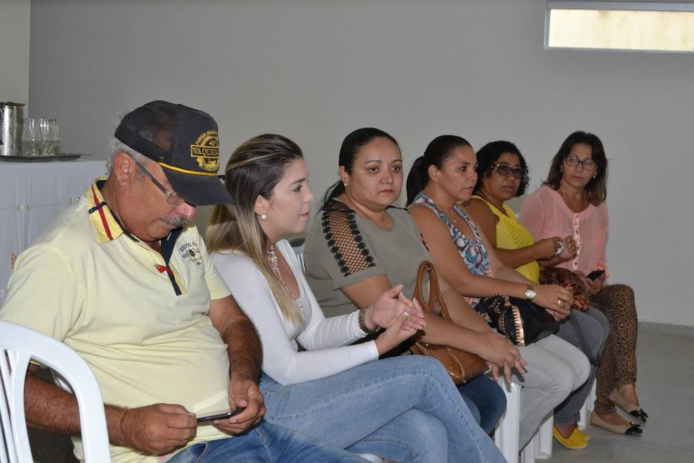 reuniao_produtores_3 Prefeitura de Monteiro investirá mais de R$ 274 mil no programa Compra Direta