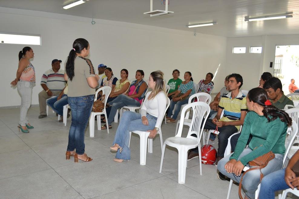reuniao_produtores_4 Prefeitura de Monteiro investirá mais de R$ 274 mil no programa Compra Direta