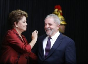 timthumb-7-300x218 Deputados aprovam entrega de medalha a Lula e Dilma, em Monteiro