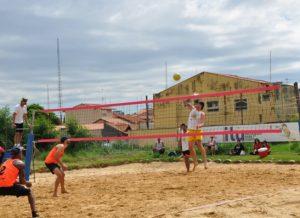timthumb-8-1-300x218 Finais do Torneio de Vôlei de Areia estão confirmadas para próximo fim de semana