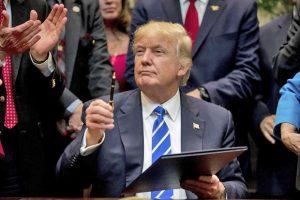 trump-10-300x200 Trump assinará ordem que anula medidas contra o aquecimento global