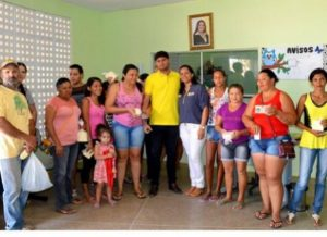 zabele-pb-300x218 Prefeitura de Zabelê faz entrega de queijo à famílias de baixa renda